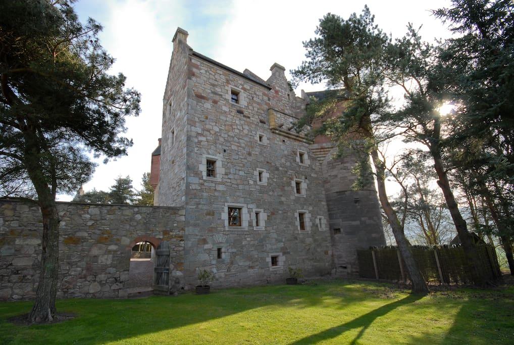 Airbnb Castle Scotland