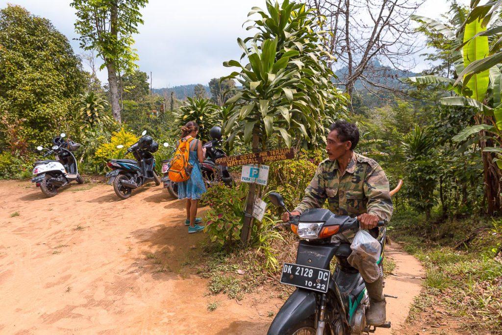 Banyumala Twin Waterfall Parking Lot
